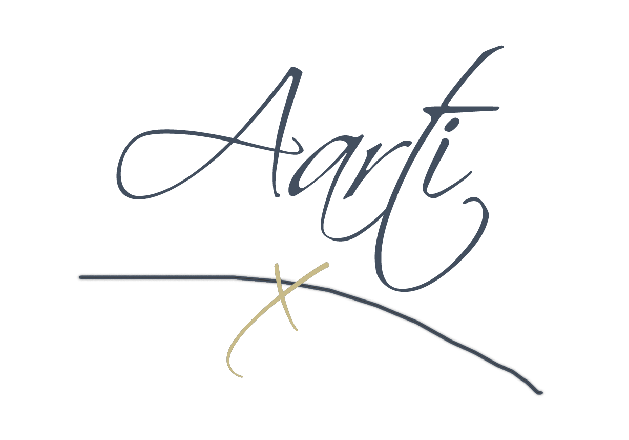 AartiPopat Blog Signature bluewgold x